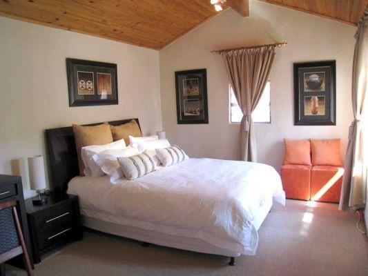 28 Friedland Ave,Cyrildene,Gauteng,2 Bedrooms Bedrooms,2 BathroomsBathrooms,Guesthouse,Friedland Ave,1002