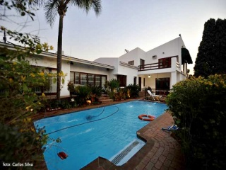 10 erna, observatory Johannesburg, Gauteng, 3 Bedrooms Bedrooms, ,3 BathroomsBathrooms,House,For sale,erna,1033