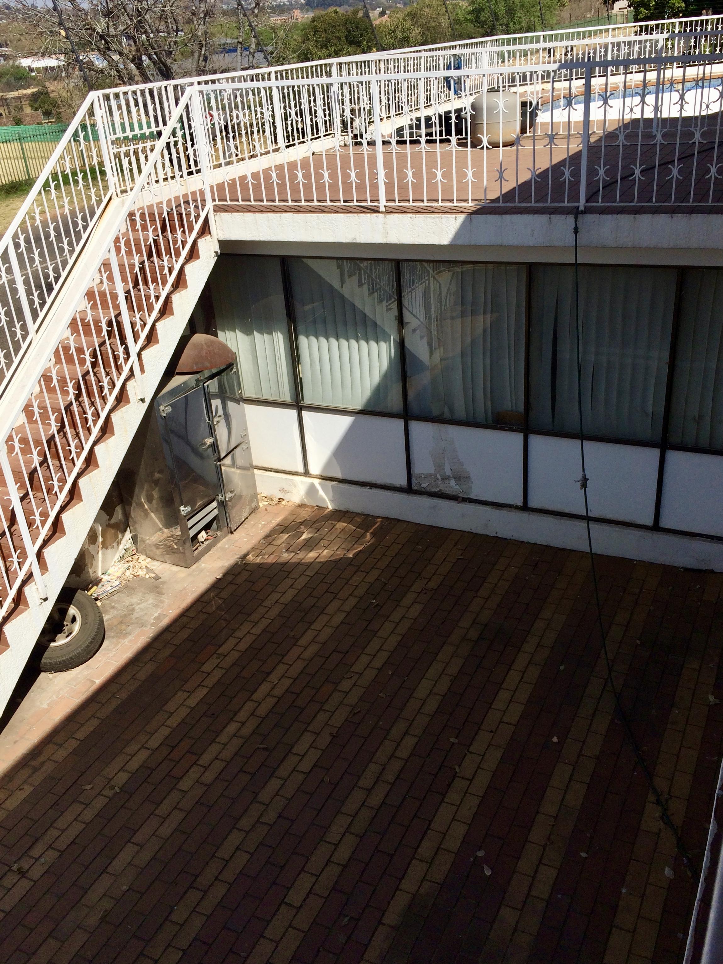 2 david drapper, Bruma, Gauteng, 4 Bedrooms Bedrooms, ,3 BathroomsBathrooms,House,For sale,david drapper,1037