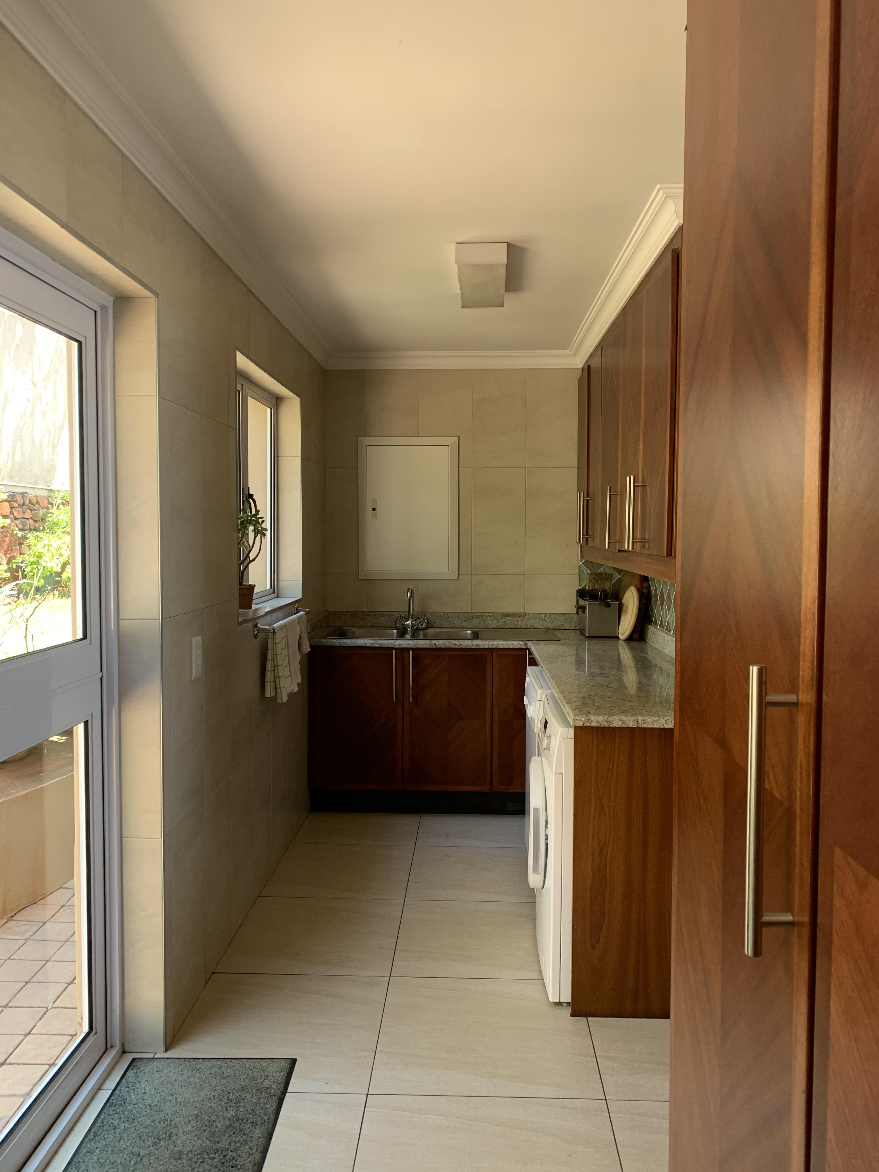 217A anderson, Northcliff, Gauteng, 4 Bedrooms Bedrooms, ,3 BathroomsBathrooms,House,For sale,anderson,1038