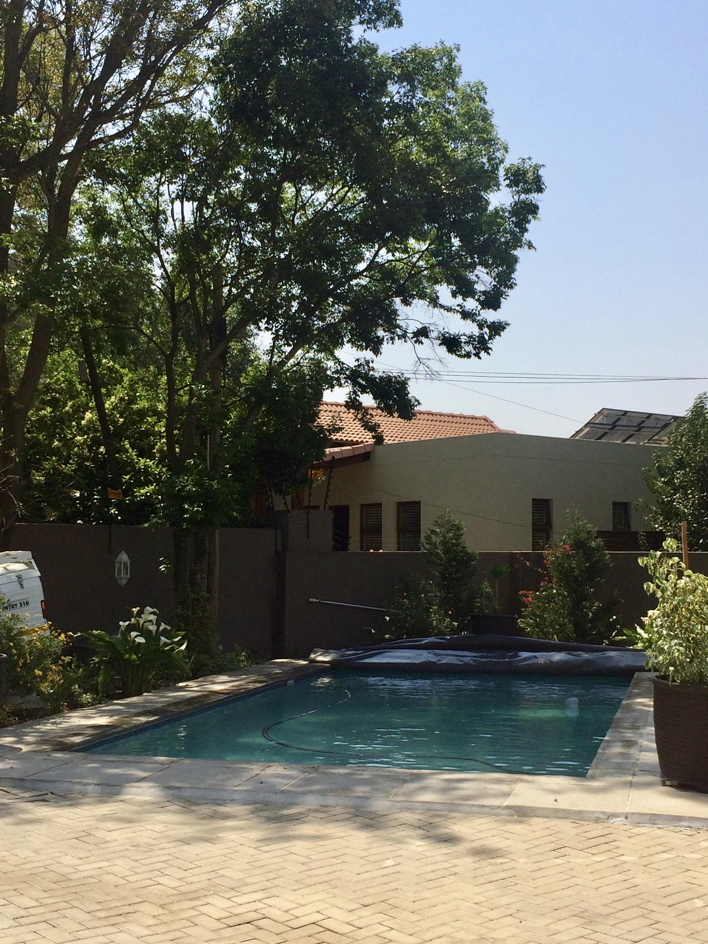44 A 10th Avenue, Edenburg Rivonia Johannesburg, Gauteng, 4 Bedrooms Bedrooms, ,4 BathroomsBathrooms,House,For sale,10th Avenue,1039