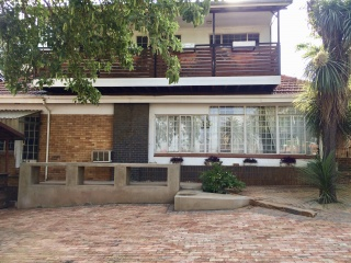 11 Friedland, Cyrildene Johannesburg, Gauteng, 9 Bedrooms Bedrooms, ,7 BathroomsBathrooms,House,For sale,Friedland,1041